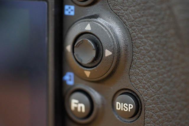 99IIのマルチセレクター/中央ボタン