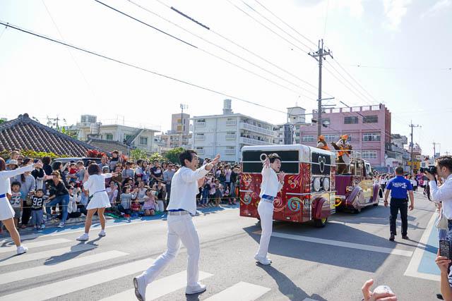 【2018年】ミッキーが沖縄名護に来た!ディズニーリゾート35周年記念パレード開催(動画あり)