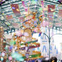 """【35周年ディズニーランド】""""Happiest Celebration!""""で撮影を楽しむ祝祭のパーク(その3:夜景とワールドバザール)紙吹雪"""