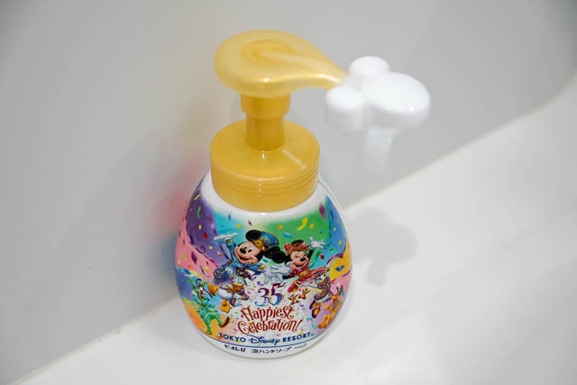 【35周年ディズニー】使ってみた!ミッキーシェイプのハンドソープは子供でも簡単!