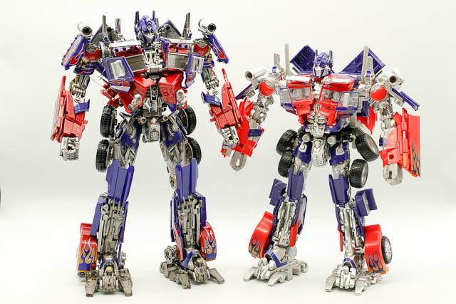 【写真レビュー】WEIJIANG W8606 COMMANDER THUNDER LEADER(ロボットモード編)